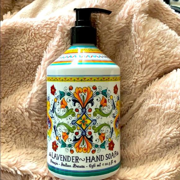 Italian Deruta Perugia Handsoap Lavender scent